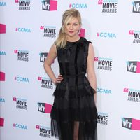 Kirsten Dunst posa en los Critics' Choice Awards 2012