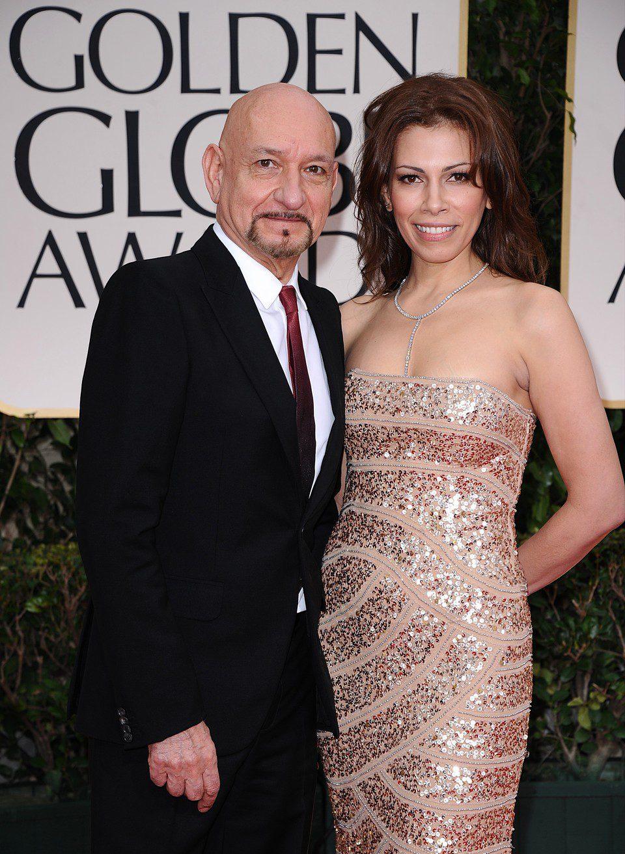 Ben Kingsley y Daniela Lavender en la alfombra roja de los Globos de Oro 2012