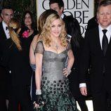 Madonna en la alfombra roja de los Globos de Oro 2012