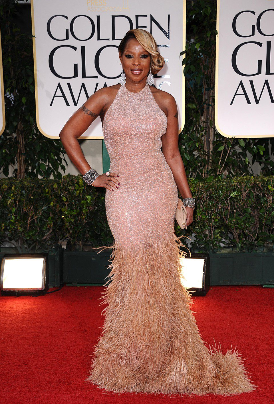 Mary J. Blidge posa en el photocall de los Globos de Oro 2012