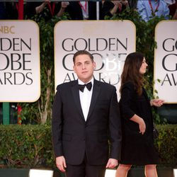 Jonah Hill en la alfombra roja de los Globos de Oro 2012