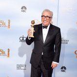 Martin Scorsese posa con su Globo de Oro a Mejor director