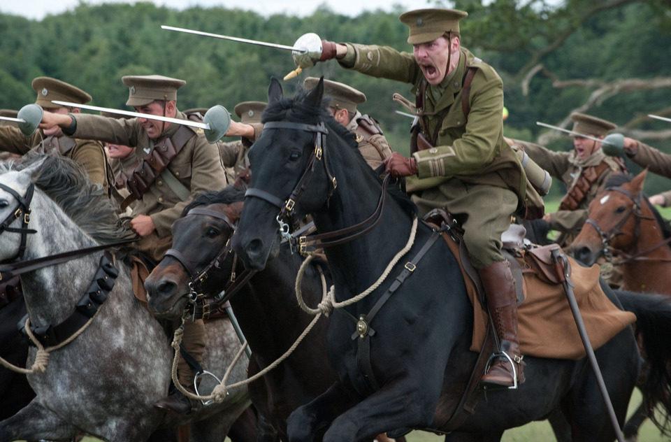 War Horse (Caballo de batalla), fotograma 6 de 74