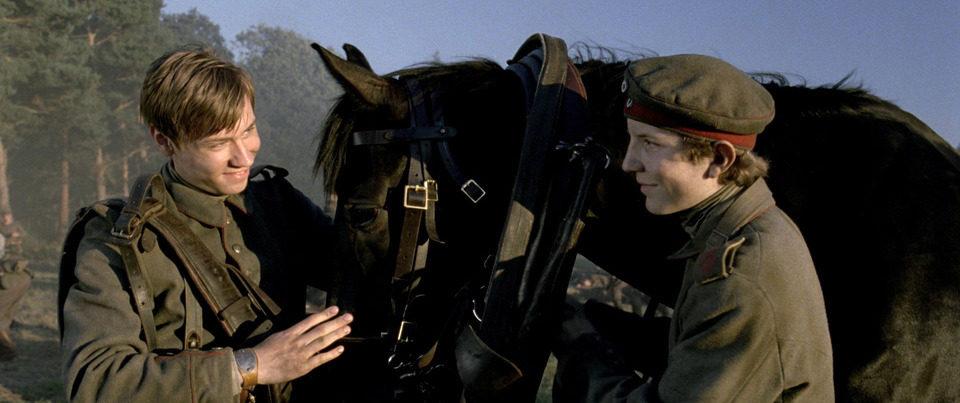 War Horse (Caballo de batalla), fotograma 73 de 74