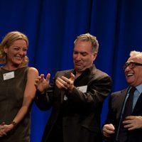 Lucy Walter, Jim Taylor y Martin Scorsese en la comida de nominados a los Oscar 2012