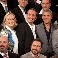 Stan Chervin, Glenn Close, Jean Dujardin, George Clooney, Christopher Columbus en la foto de nominados a los Oscar 2012