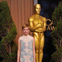 Michelle Williams llega a la comida de nominados a los Oscar 2012