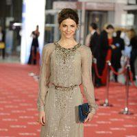 Manuela Velasco posa en la alfombra roja de los Goya 2012