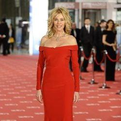 Belén Rueda posa en la alfombra roja de los Goya 2012