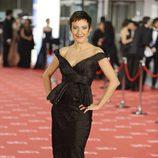 Eva Hache en la alfombra roja de los Goya 2012