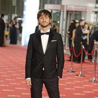 Raúl Arévalo posa en la alfombra roja de los premios Goya 2012