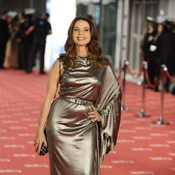 Victoria Abril en la entrada de los premios Goya 2012