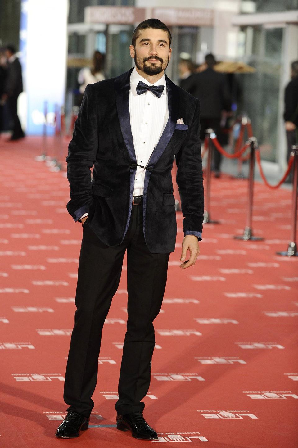 Álex García en la alfombra roja de los premios Goya 2012