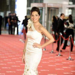 Leire Martínez en la alfombra roja de los premios Goya 2012