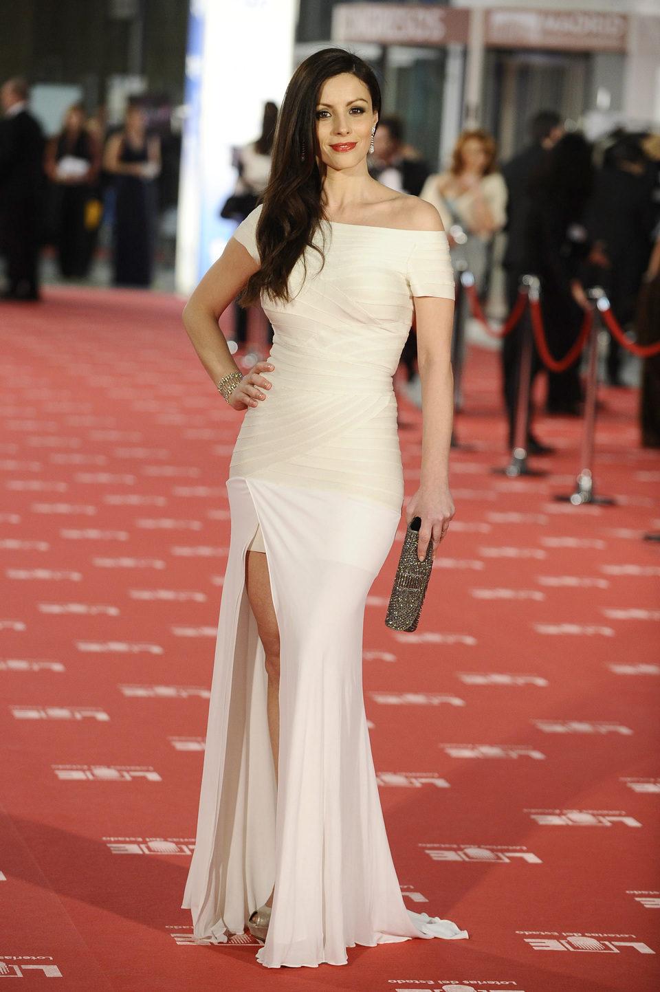 Ana Álvarez en la alfombra roja de los Goya 2012