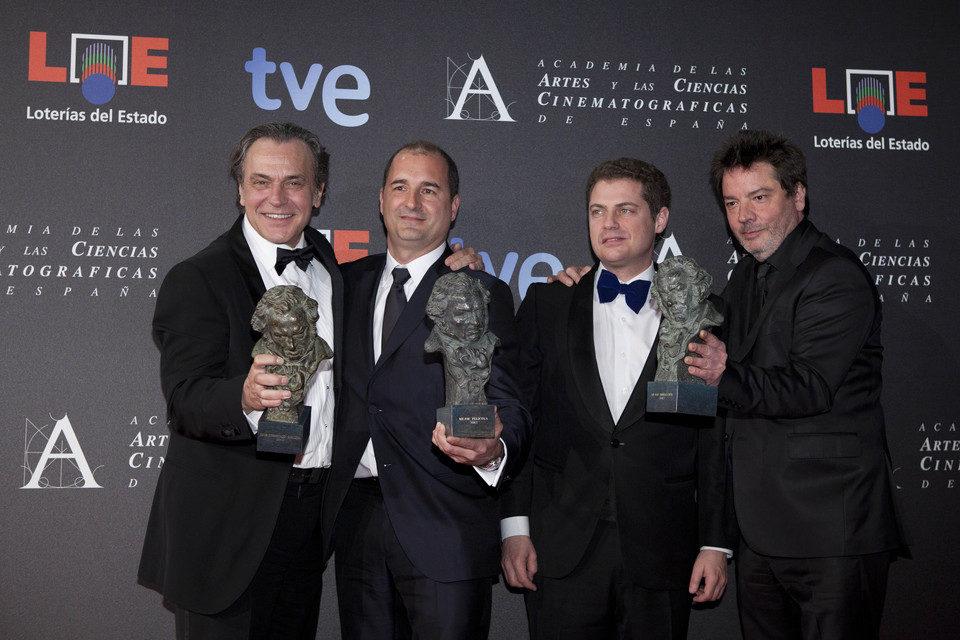 El equipo de 'No habrá paz para los malvados' celebra sus Goya 2012
