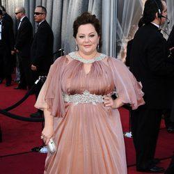 Melissa McCarthy en la alfombra roja de los Oscar 2012