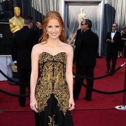Jessica Chastain en la alfombra roja de los Oscar 2012