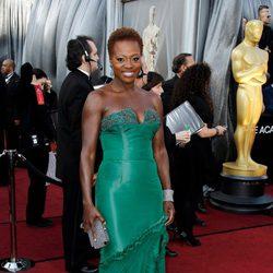 Viola Davis en la alfombra roja de los Oscar 2012