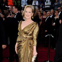 Meryl Streep en la alfombra roja de los Oscar 2012