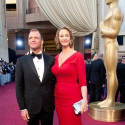 Janet McTeer en la alfombra roja de los Oscar 2012