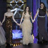 Las actrices de 'La boda de mi mejor amiga' presentaron en los Oscar 2012