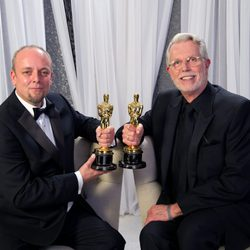 Mark Coulier y J. Roy Helland, ganadores del Oscar al mejor maquillaje por 'The Iron Lady'
