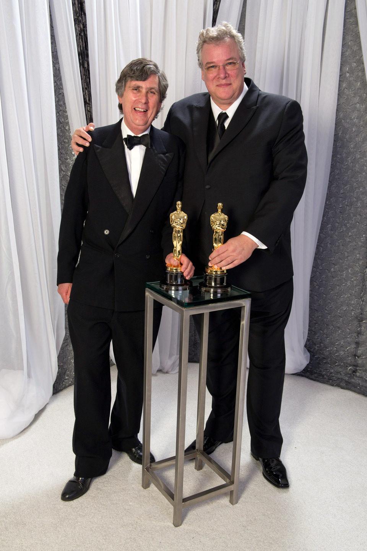 John Midgley y Tom Fleischman, ganadores del Oscar 2012 a la mejor mezcla de sonido