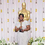 Octavia Spencer posa con el Oscar 2012 a la mejor actriz de reparto