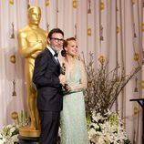 Michel Hazanavicius, ganador del Oscar 2012 al mejor director por 'The artist', posa con Bérénice Bejo