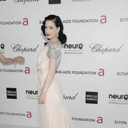 Dita Von Teese en la fiesta de Elton John tras los Oscar 2012