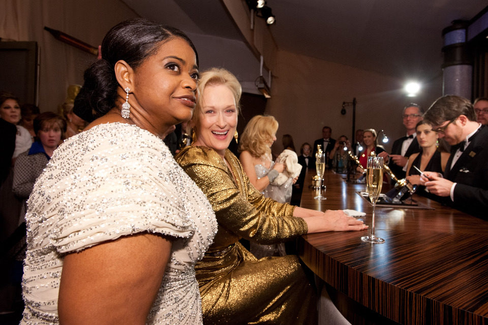 Octavia Spencer y Meryl Streep esperan a que graben sus Oscars