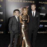 Josh Hutcherson, Jennifer Lawrence y Liam Hemsworth en la premiére mundial de 'Los Juegos del Hambre'