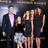Sylvester Stallone y su familia en la premiére mundial de 'Los Juegos del Hambre'