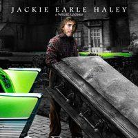 Jackie Earle Haley como Willie Loomis en 'Sombras tenebrosas'