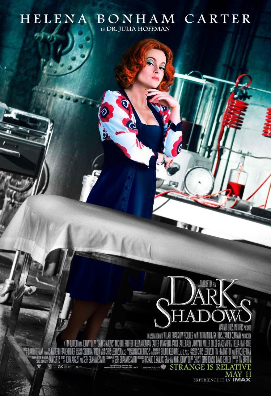Helena Bonham Carter como la doctora Julia Hoffman en 'Sombras tenebrosas'