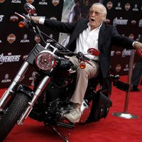Stan Lee en la premiére mundial de 'Los Vengadores'