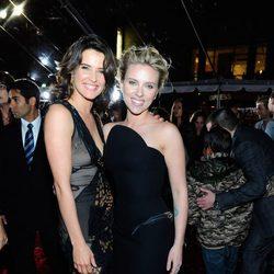 Cobie Smulders y Scarlett Johansson en la premiére mundial de 'Los Vengadores'