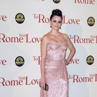 Penélope Cruz en la premiére de 'To Rome with Love' en Italia