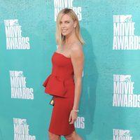 Charlize Theron en la alfombra roja de los MTV Movie Awards 2012