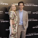 Emma Stone y Andrew Garfield en la premiére madrileña de 'The Amazing Spider-Man'