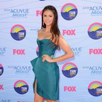 Nina Dobrev en los Teen Choice Awards 2012