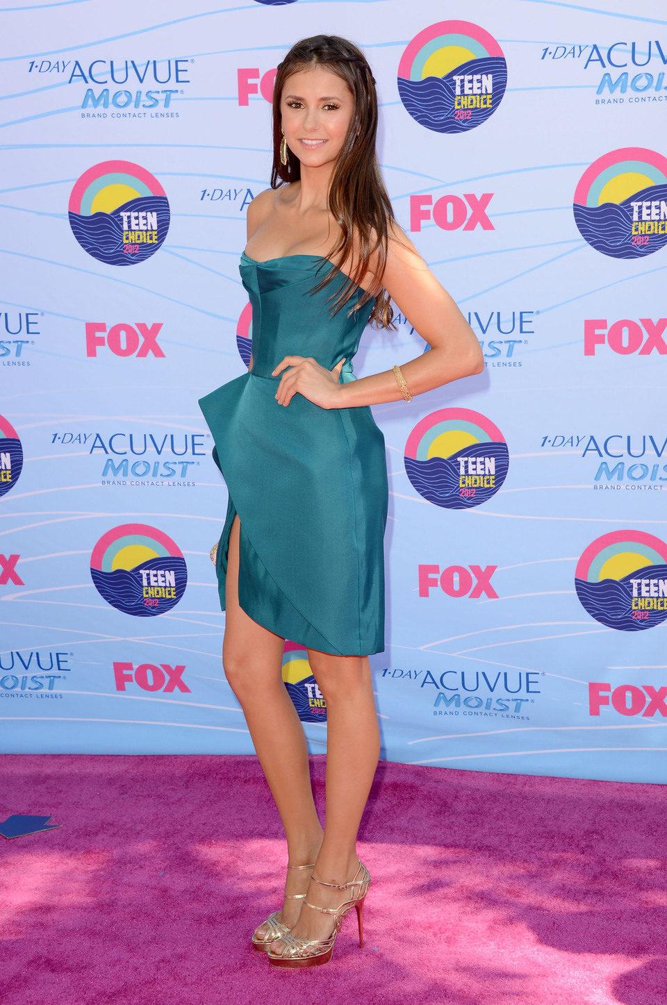 Nina Dobrev en los Teen Choice Awards 2012