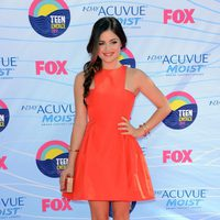 Lucy Hale en los Teen Choice Awards 2012