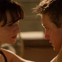 Rachel Weisz y Jeremy Renner en 'El legado de Bourne'