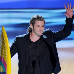 Chris Hemsworth en los Teen Choice Awards 2012