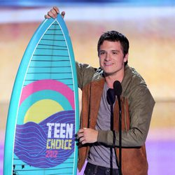 Josh Hutcherson en los Teen Choice Awards 2012