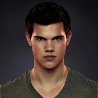 Taylor Lautner es Jacob en 'Amanecer: Parte 2'