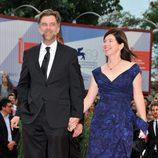 Paul Thomas Anderson y Joanne Sellar en la Mostra de Venecia 2012