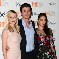 Kirsten Dunst, Garrett Hedlund y Kristen Stewart en el TIFF 2012